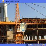 Technik-Aufbau-Maschinerie-/Turmkran-Aufbau
