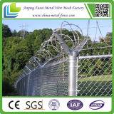 Der Korrosions-Schutz der Zink-Einstellungs-Grenzzeile Ketten-Ineinander greifen-Zaun