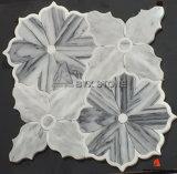 Естественная бежевая голубая мраморный мозаика каменной стены формы цветка