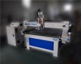 Machine 1325 de commande numérique par ordinateur de gravure de qualité pour la porte en bois chaude