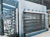 Machine de pressage à chaud en bois contreplaqué