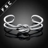 Braccialetti aperti registrabili del braccialetto dei polsini di infinità del nodo per le donne