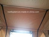 Più tenda del tetto dell'automobile dei particolari