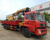 Dongfeng 10는 교련과 바구니를 가진 기중기로 거치된 15 T 트럭을 선회한다