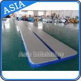 体操の床のマットの膨脹可能な空気トラック屋外の体操のマット