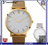 Vente en gros 2016 de luxe de la montre d'hommes d'affaires de montre de bande de maille d'or de montre de quartz de mouvement du Japon des hommes Yxl-197