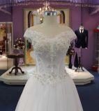 Uma linha fora do vestido de casamento de cristal branco