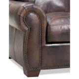 Самомоднейший неподдельный кожаный стул уравновешивания Nailhead