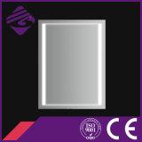 De onlangs-ontworpen Decoratieve Vierkante Zilveren Spiegel van de Muur van de Badkamers met LEIDEN Licht