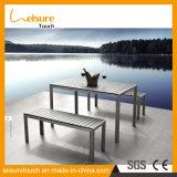 Wohler Garten-im Freienmöbel verkaufend, anodisierte Aluminiumspeisetisch-Sets mit hölzernen Stab-Plastiklehnsesseln