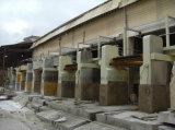 O grupo viu a máquina de mármore de Cutter&Stone do bloco