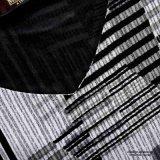 Ailinna 305538さんの黒いブロックパターンV首の女性の服