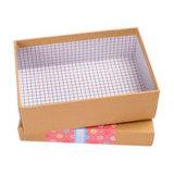 Caja de cartón del regalo