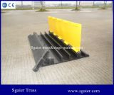 검정과 Yellow Small Type 3 Channels Rubber Outdoor Events Cable Ramp Cable Protector