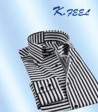Camisa preto e branco com a listra vertical e horizontal Acrossed