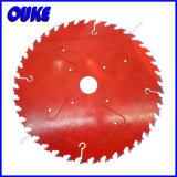 Tctの円の木製の切断は鋸歯のWthの炭化物がひっくり返るのを