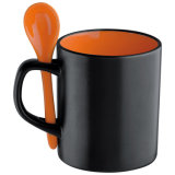 2016 Qualität Popular Design Ceramic Coffee Mug mit Spoon