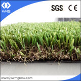 Gazon synthétique quatre couleurs aménageant l'herbe artificielle