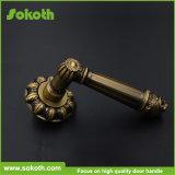 새로운 디자인 금 크롬 아연 합금 문 손잡이 Skt-L393