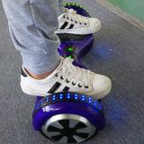 M011紫色6.5のインチ44000mAhのBluetooth/LED/Remoteのスマートなはずみ車かHoverboard
