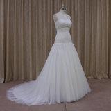 ストラップレスの恋人の花嫁のウェディングドレス
