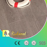 HDFのV溝がある寄木細工の床によって薄板にされる積層の木製のフロアーリング