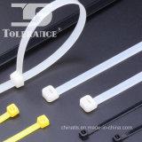Uno mismo que bloquea la atadura de cables de nylon con diversas tallas