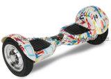 Scooter électrique de deux roues d'équilibre fait sur commande d'individu