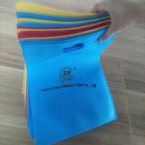 Le polypropylène antibactérien de pp Tourner-Collent le tissu non tissé pour le sac à provisions