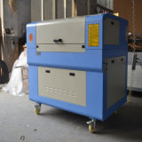 VORSTAND-Leder-Laser-Ausschnitt und Stich China-60W 80W 6090 hölzernes Acrylco2CNC Laserengraver-Maschine für Verkauf