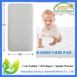 Pista de colchón impermeable de bambú del pesebre del bebé del paño de Terry