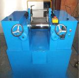 Zwei Rollengeöffnetes mischendes Gummitausendstel mit auf lagermischmaschine