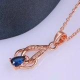 Nam het Milieuvriendelijke Koper van de Halsband van de Tegenhanger van Zircon van de Vorm van de Daling van de manier Gouden Halsband toe