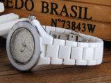 오스트리아 다이아몬드 숙녀 세라믹 시계로 박아 넣어지는 동백나무