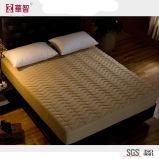 La tela de algodón acolchó el conjunto ajustado de la hoja