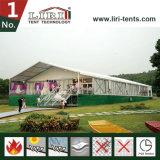 Tenda di cerimonia nuziale con il sistema registrabile modulare della pavimentazione
