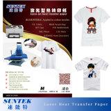 Papel de transferência térmica de cor clara de LaserJet do tamanho A4 para o t-shirt