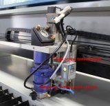 2 millimetri in acciaio inox del laser CO2 tagliatrice Akj1390h CO2 Laser Equipment