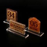 Le Tableau acrylique de mariage d'or de Dulux de forme de T numérote le support