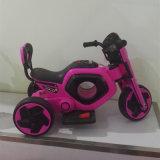 درّاجة ناريّة كهربائيّة لأنّ جديات أن يقود عصريّ