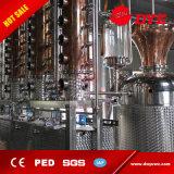 El cobre todavía refunde el equipo de destilación del whisky de la vodka de la destilería de la columna para la venta