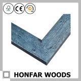 Frame de madeira azul gasto da foto para a exposição