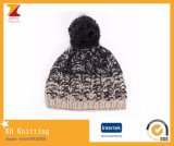 Beanie volumineux de point de concepts internationaux