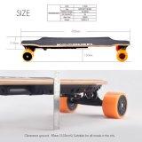 Planche à roulettes électrique de Moterized Longboard de pivot de roues duelles du moteur 4 avec à télécommande
