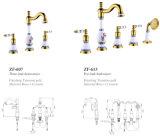 Faucet cerâmico chinês da bacia do Três-Furo do projeto novo (Zf-607)