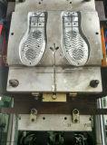 Máquina vertical automática da injeção das solas