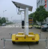 Solar Powered Multi Color Variable Message Traffic Control Sign Self Chargeable e sem manutenção