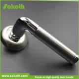 Sokoth熱い販売法のコーヒー金の標準的なアルミニウムドアのレバーハンドル