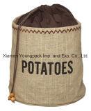 Küche-Fertigkeit, die Kartoffel-Gemüsezwiebelen-Speicher-Jutefaser-Sack-Beutel konserviert