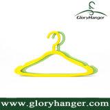 Percha de ropa del hogar, percha de ropa plástica barata